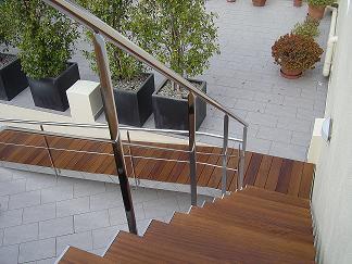 ya sean para ubicar en interior como en exterior nuestras escaleras destacan por ofrecer y garantizar siempre un excelente diseo una esttica limpia